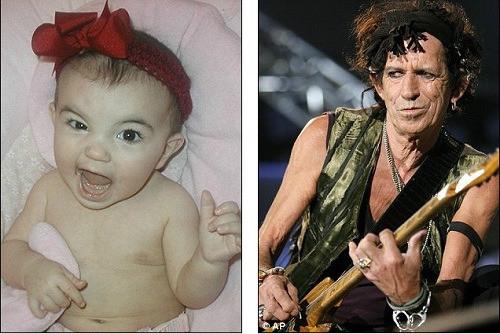 可爱宝宝爱摇滚 摆姿势似小小吉他手