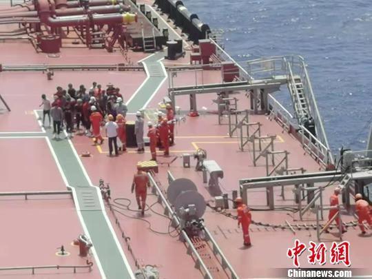 海南渔船南沙遇险