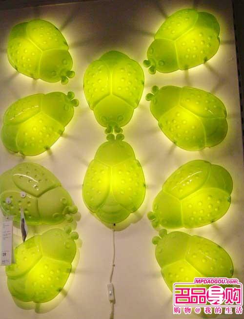 卡通动物造型的壁灯,并非是儿童房的专属