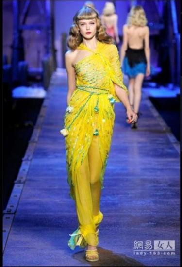 2011春夏巴黎时装周最美裙子(2)