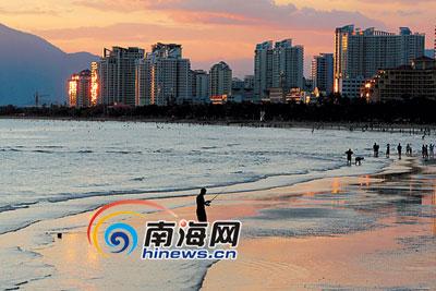 在中国最南端美丽的滨海城市三亚,阳光和煦,气候宜人.