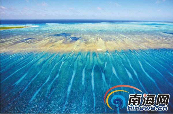 """""""""""珊瑚洲""""即露出水面不太久的珊瑚沙堆积成的沙洲,""""盘石""""即礁盘,这"""