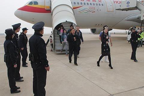 北京直飞香港的香港航空hx337航班.武汉机场警方供图