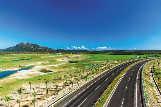 旅游公路现短板 如何串起海南最美风景线