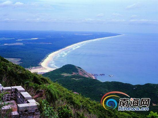 """文昌自然风景优美,被称为""""阳光东海岸上的明珠""""."""