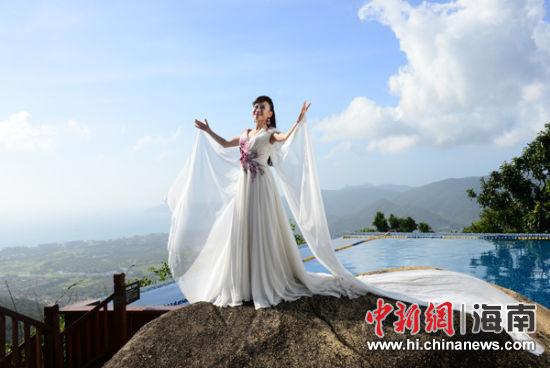 宣传片《唱响中国梦》在亚龙湾热带天堂取景
