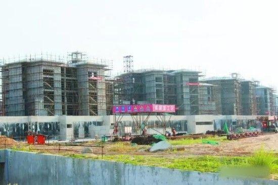 万宁神州半岛正在建设中的君悦酒店 杨晓晖 摄