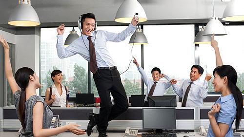 5营养素3动作助职场男精力充沛