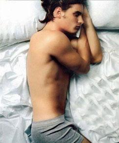 男人,为了你的健康选择正确睡姿了吗?