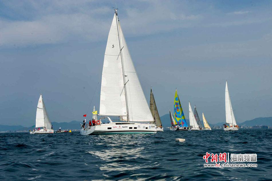 2015环海南岛国际大帆船赛开赛 43支船队杨帆三亚(7)
