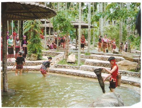 海南保亭地区黎族的特色文化