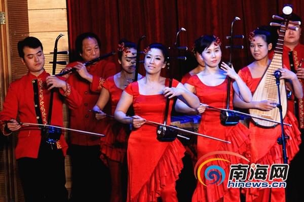 器乐合奏《春节序曲》表演 (南海网记者陈望摄)-新年音乐会